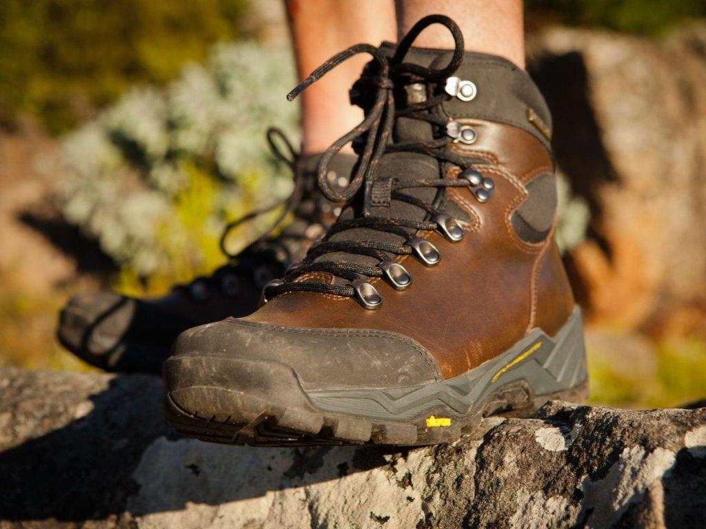 Impregnacja Butow Trekkingowych Instrukcja Jak Wybrac Preparat I Jak Ja Przeprowadzic